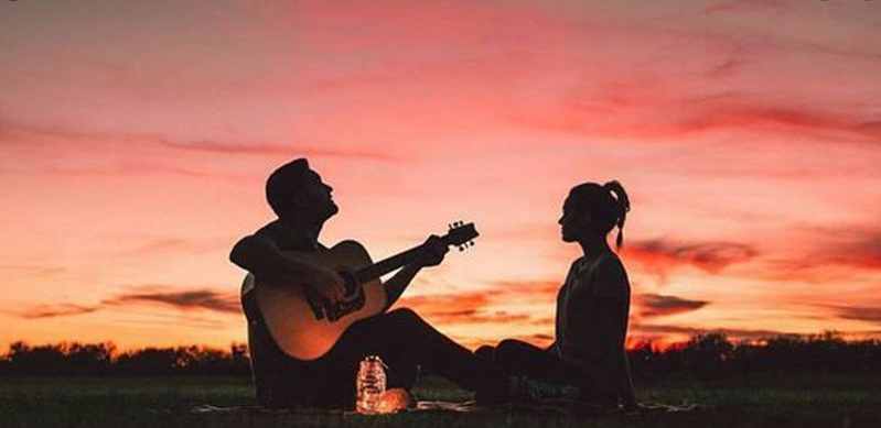 5 lagu paling romantis yang cocok buat kekasih