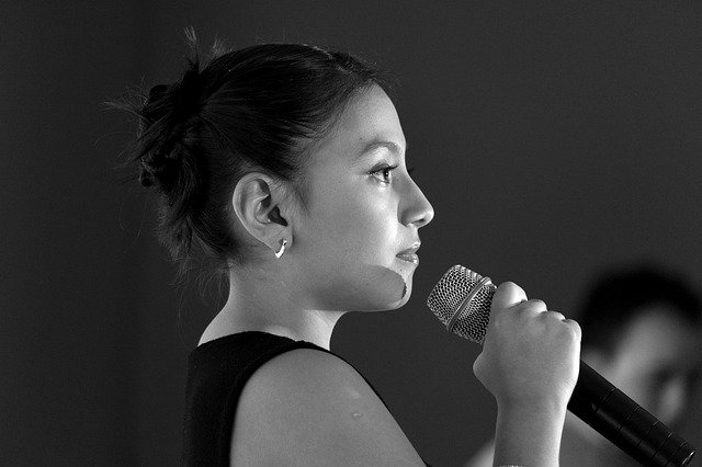 Teknik Benyanyi Para Penyanyi Profesional ini Bisa Kamu Lakukan Dirumah