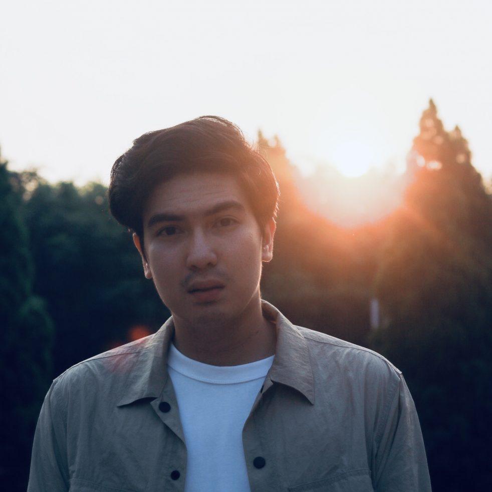 Yovelo Paguno Kembali Rilis Single Kedua – Kisah Tak Berujung